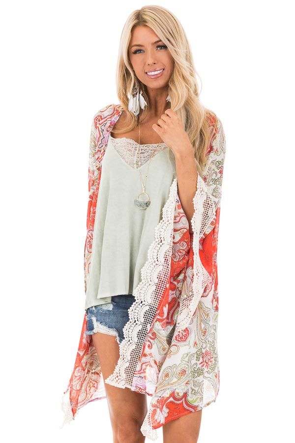 Scarlet and Ivory Paisley Print Kimono with Crochet Trim front close up