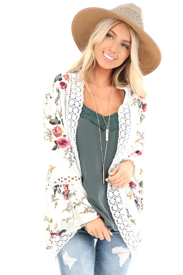 Off White Floral Kimono with Bell Sleeves and Lace Trim front close up