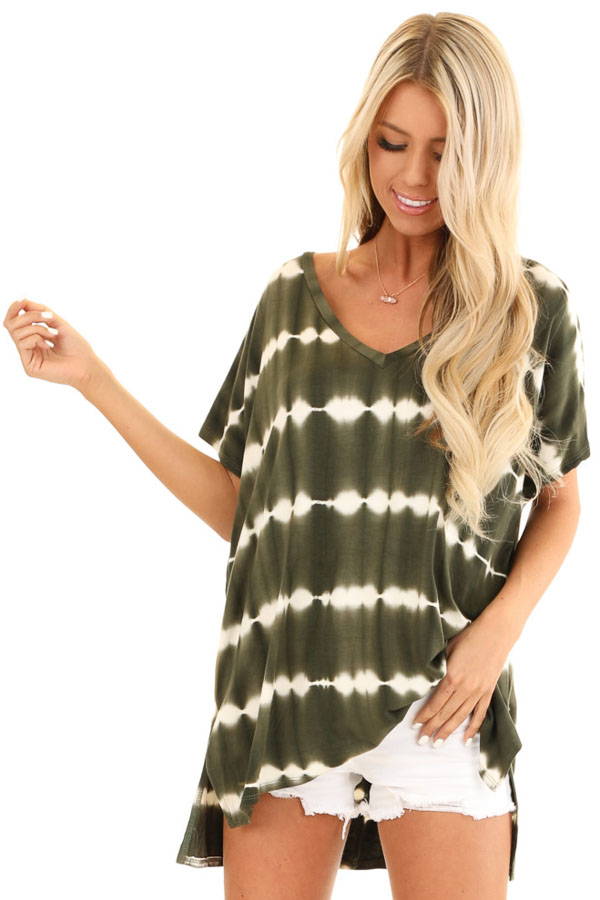 Olive and Ivory Tie Dye Short Sleeve Top with V Neckline front close up