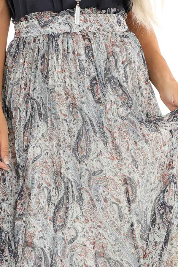 Off White Paisley Print Accordion Style Maxi Skirt detail