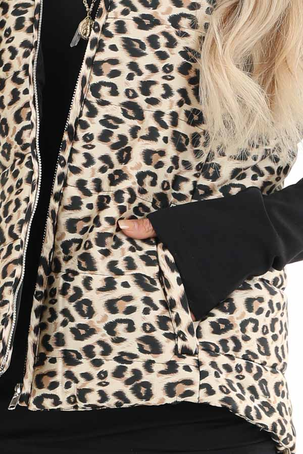 Cream Leopard Print Puffy Vest with Side Pockets detail