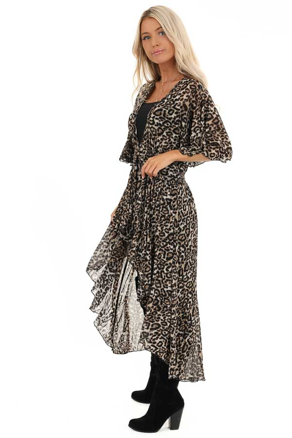 Mocha Leopard Print Kimono with Front Button Closure side full body