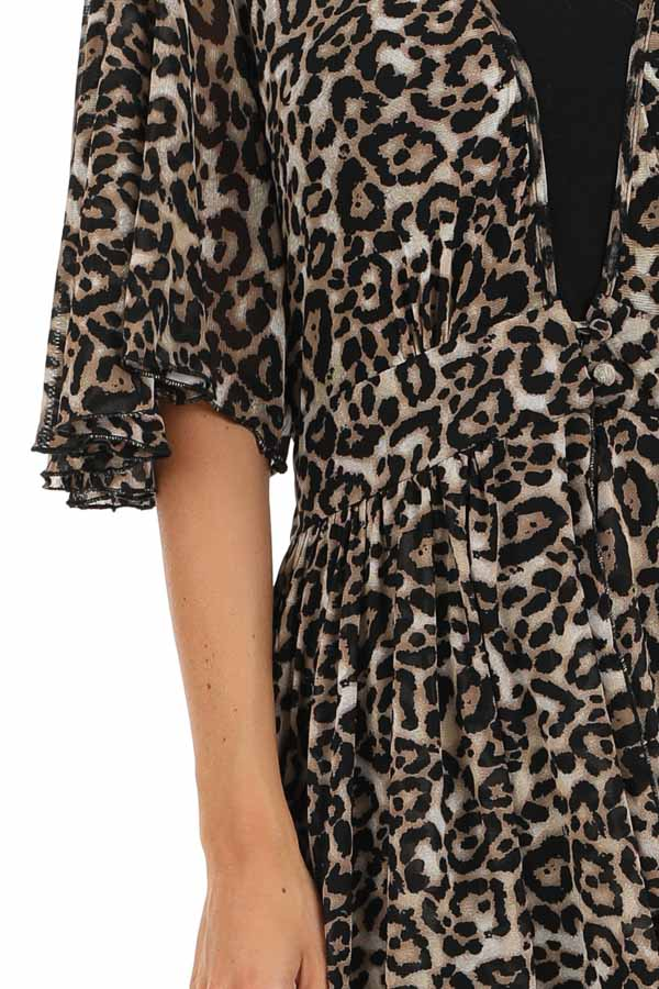 Mocha Leopard Print Kimono with Front Button Closure detail