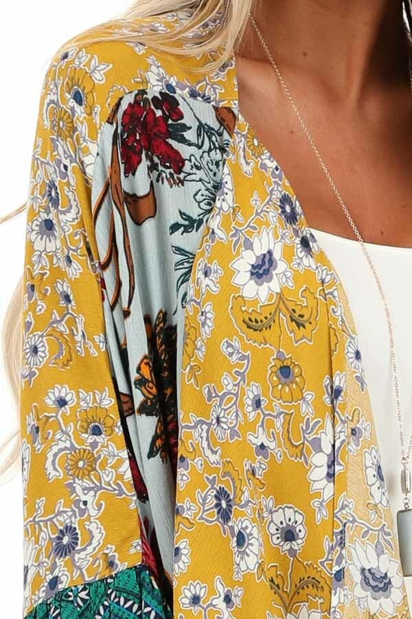 Sage and Mustard Floral Print Kimono with 3/4 Length Sleeves detail