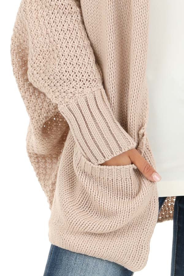 Dusty Blush Batwing Sleeve Knit Cardigan with Large Pockets detail