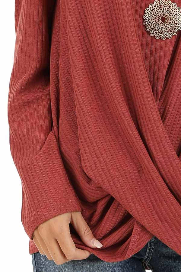 Brick Ribbed Knit Top with Long Sleeves and Twisted Hemline detail
