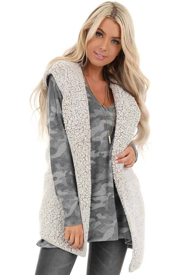 Oatmeal Two Tone Sherpa Vest with Hood and Pockets front close up