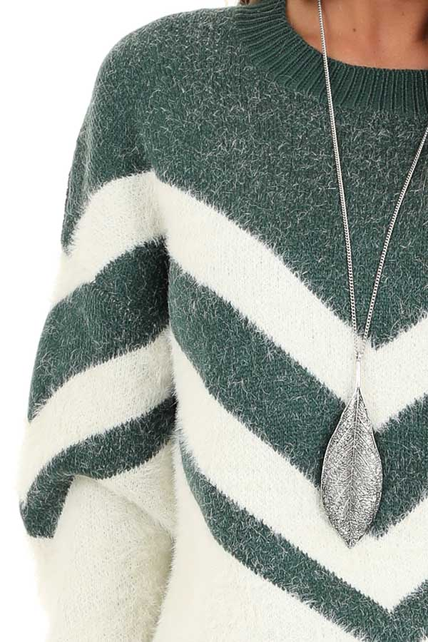 Hunter Green and Ivory Chevron Striped Long Sleeve Sweater detail