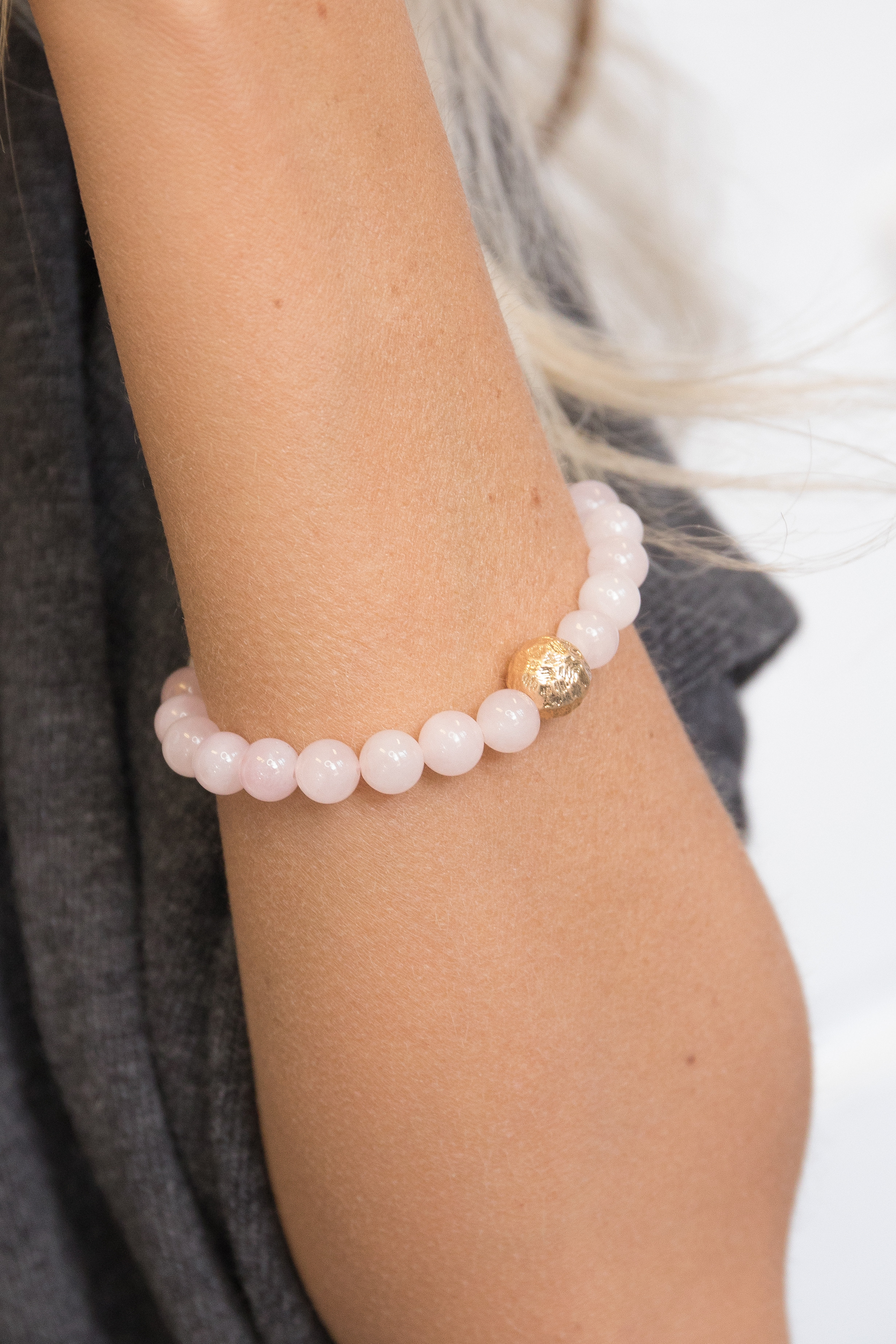 Light Pink Beaded Bracelet with Gold Accent Bead