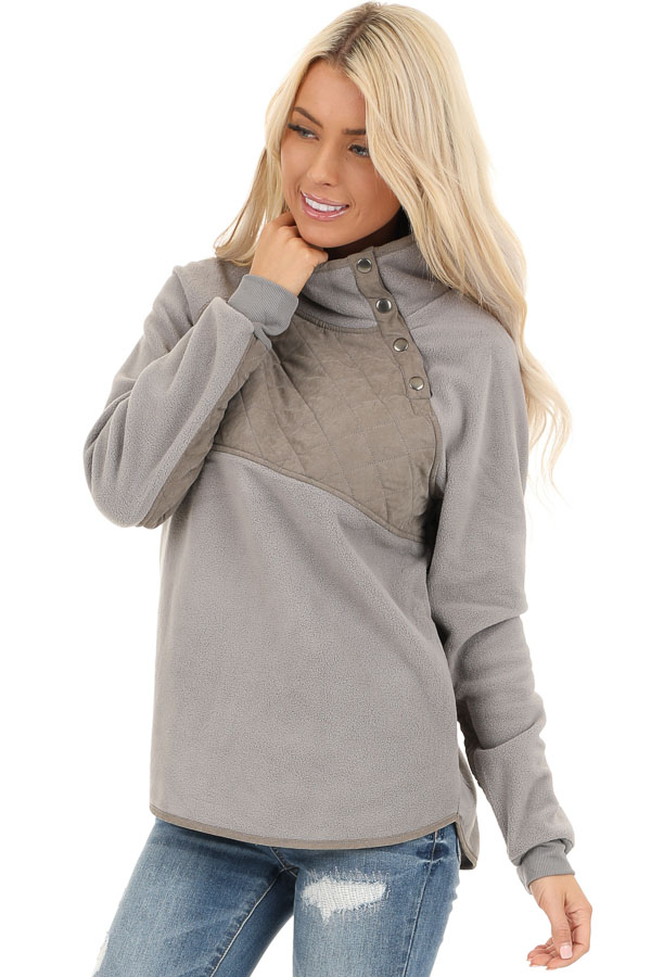 Grey Fleece Pullover Sweater with Pockets front close up