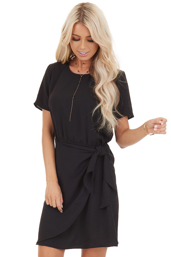 Black Short Sleeve Dress with Front Tie and Keyhole Back front close up
