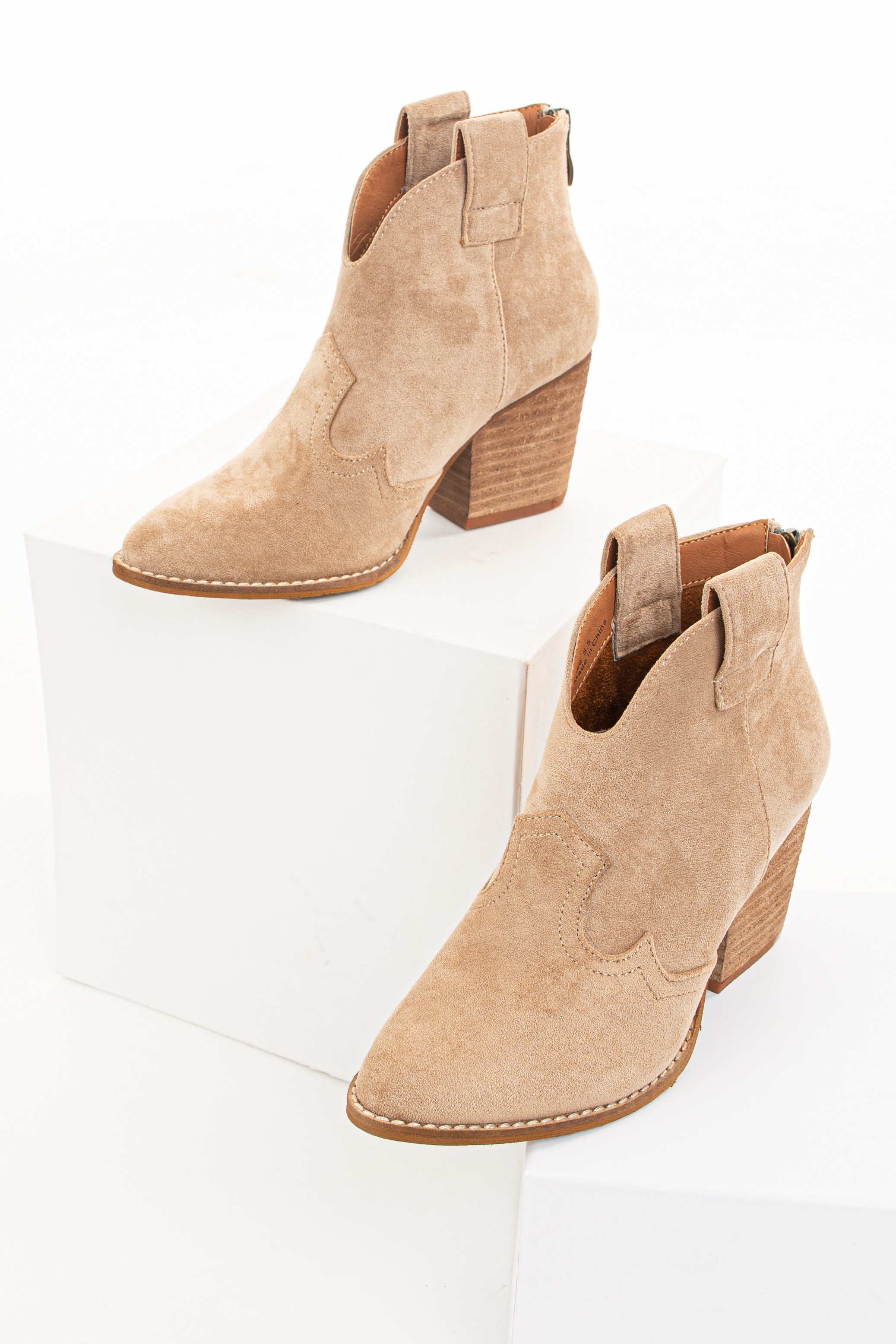 Tan Western Style Pointed Toe Heeled Booties