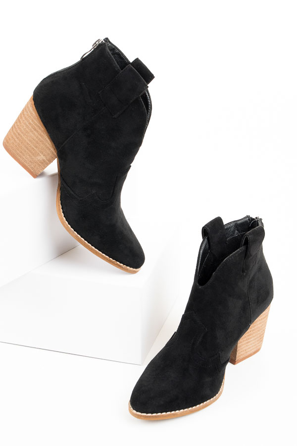 Black Western Style Pointed Toe Heeled Booties