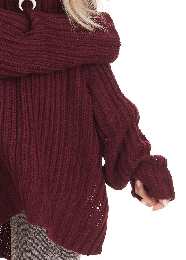 Burgundy Long Sleeve V Neck Sweater Top with Side Slits detail