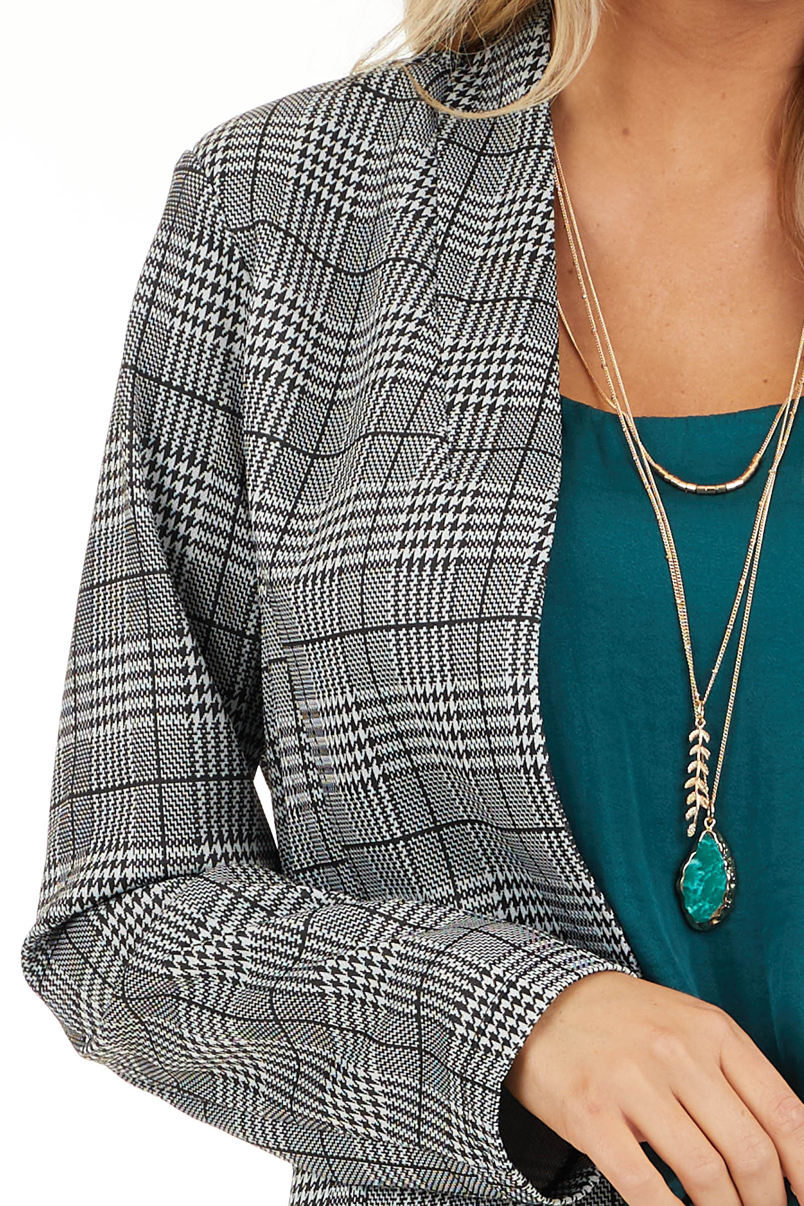Black and Ivory Glen Plaid Fitted Blazer with Long Sleeves detail