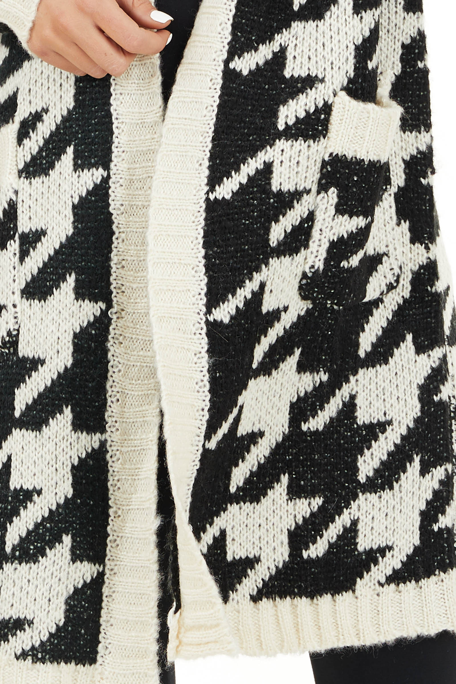 Black and Ivory Houndstooth Print Long Knit Cardigan detail