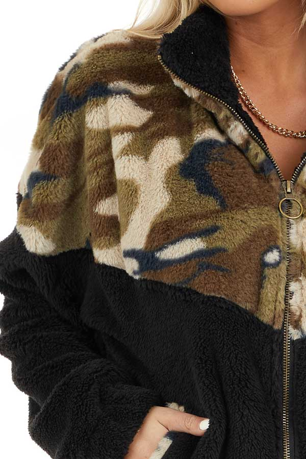 Black and Camo Print Faux Fur Jacket with Front Pockets detail