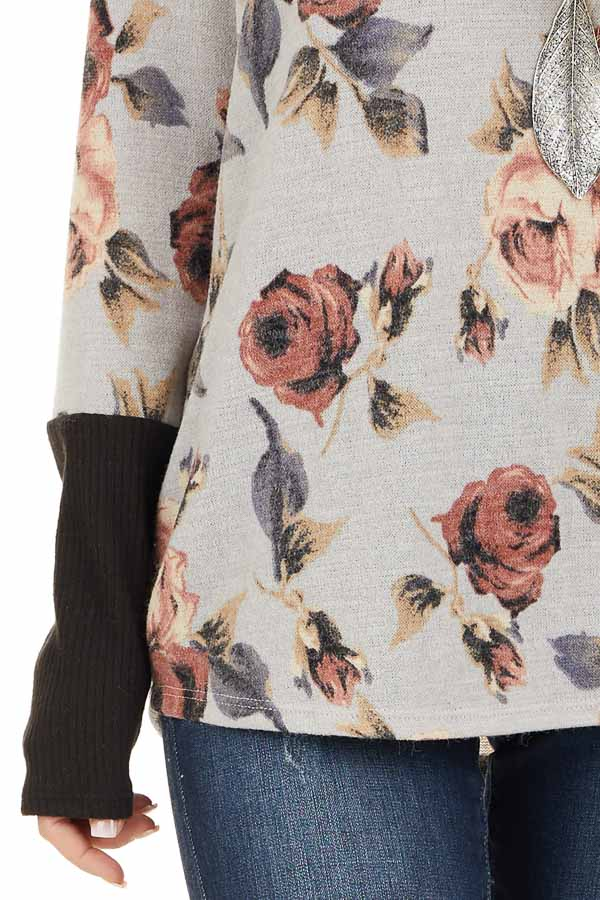Heather Grey Floral Print Knit Top with Ribbed Sleeve Detail detail