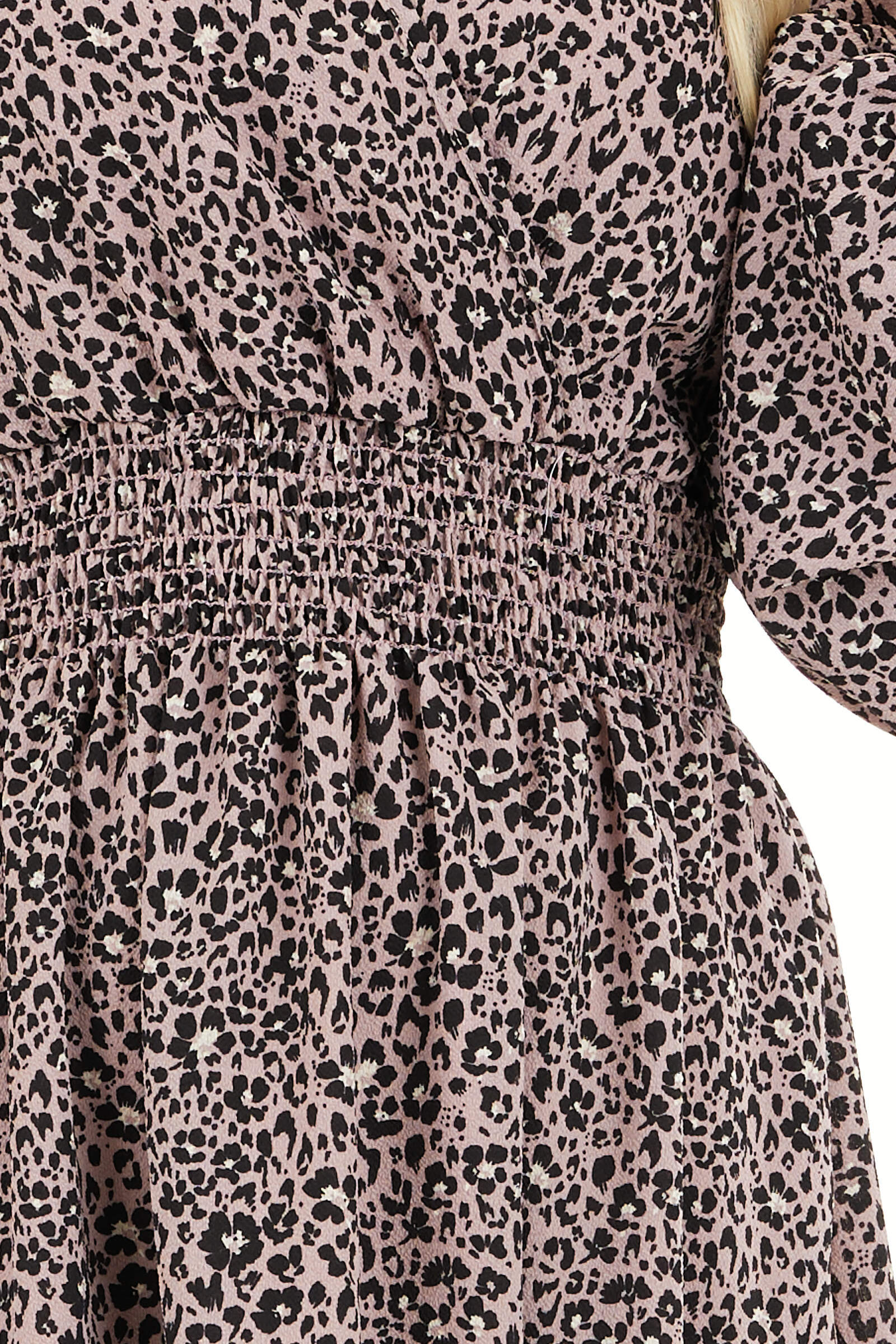 Soft Lavender Leopard Print Dress with Long Puff Sleeves detail