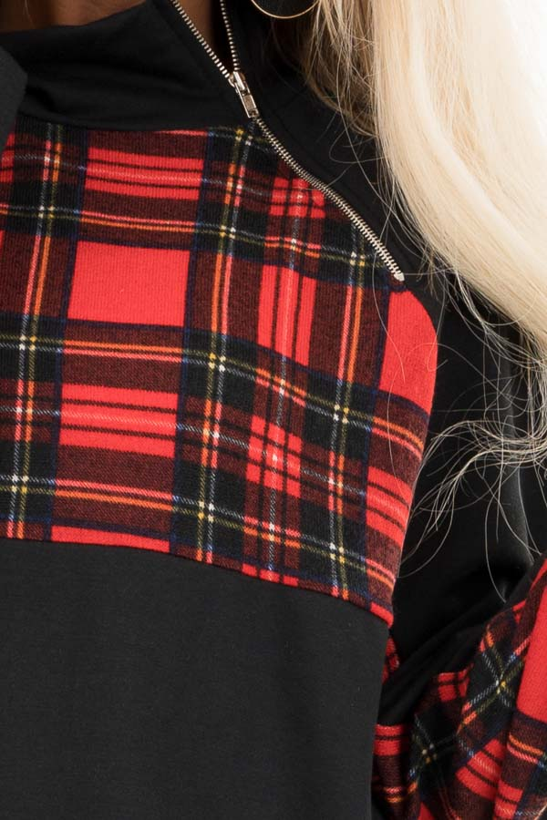 Black and Lipstick Red Plaid Print Pullover Knit Top detail
