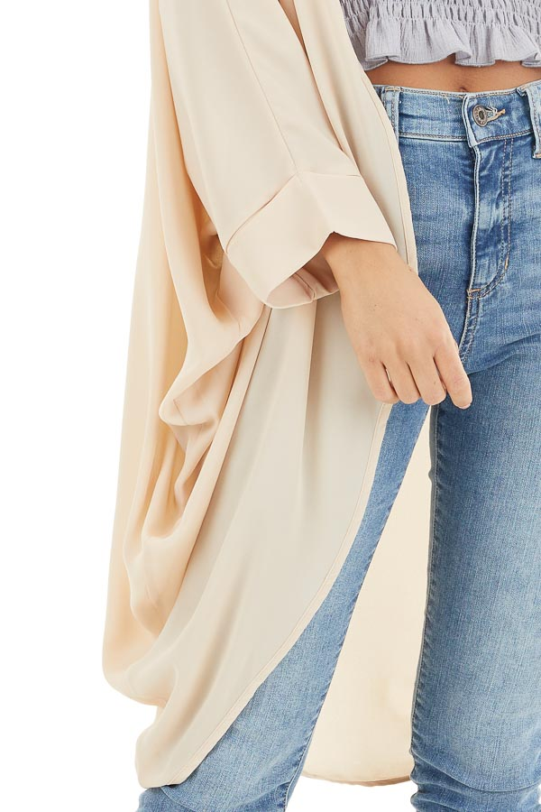 Champagne 3/4 Sleeve Woven Cocoon Cardigan detail