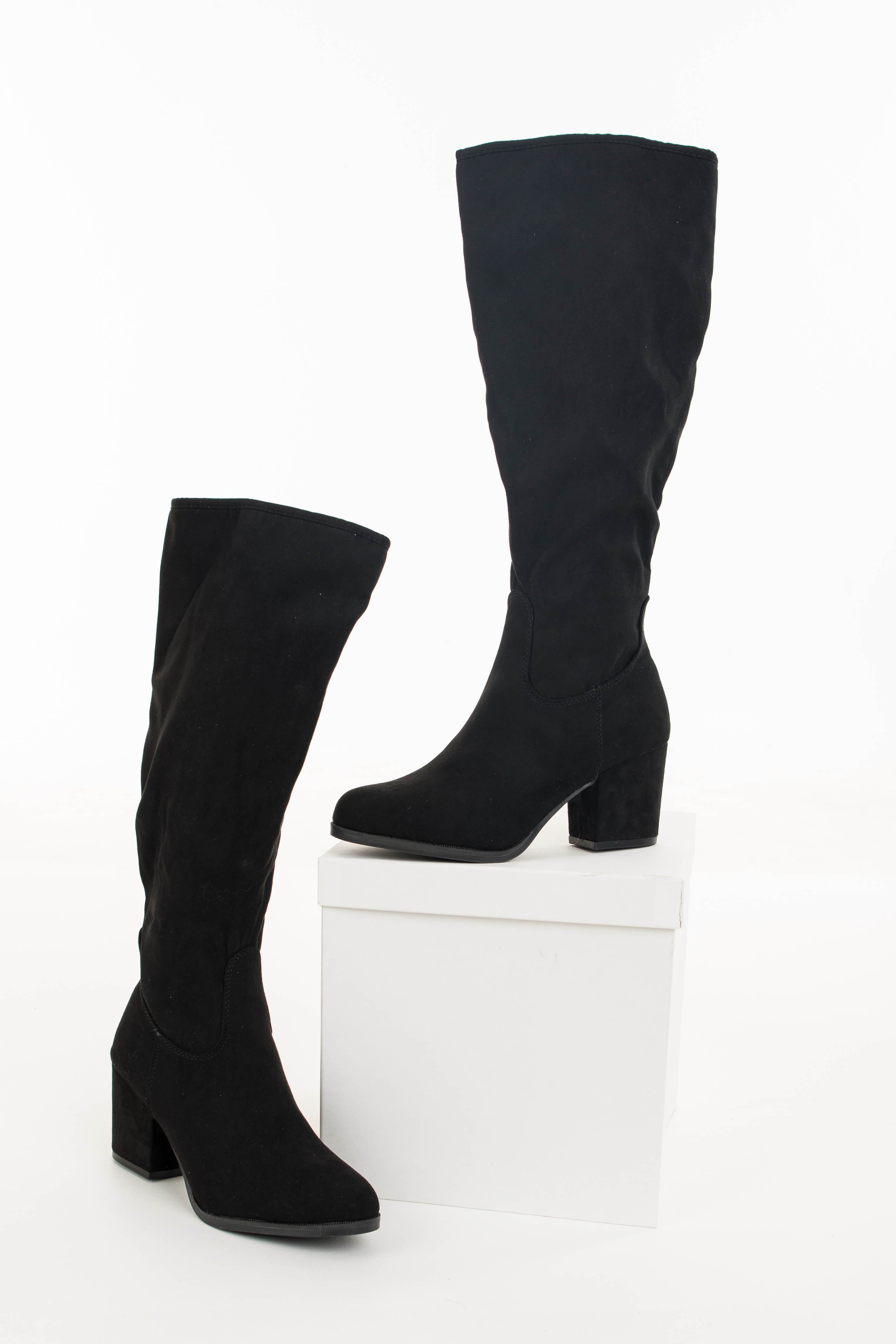 Black Rounded Toe Chunky Heel Knee High Boots