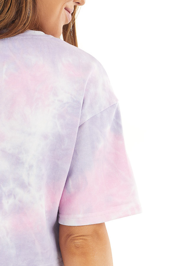 Lilac Tie Dye V Neck Crop Top with Short Sleeves detail