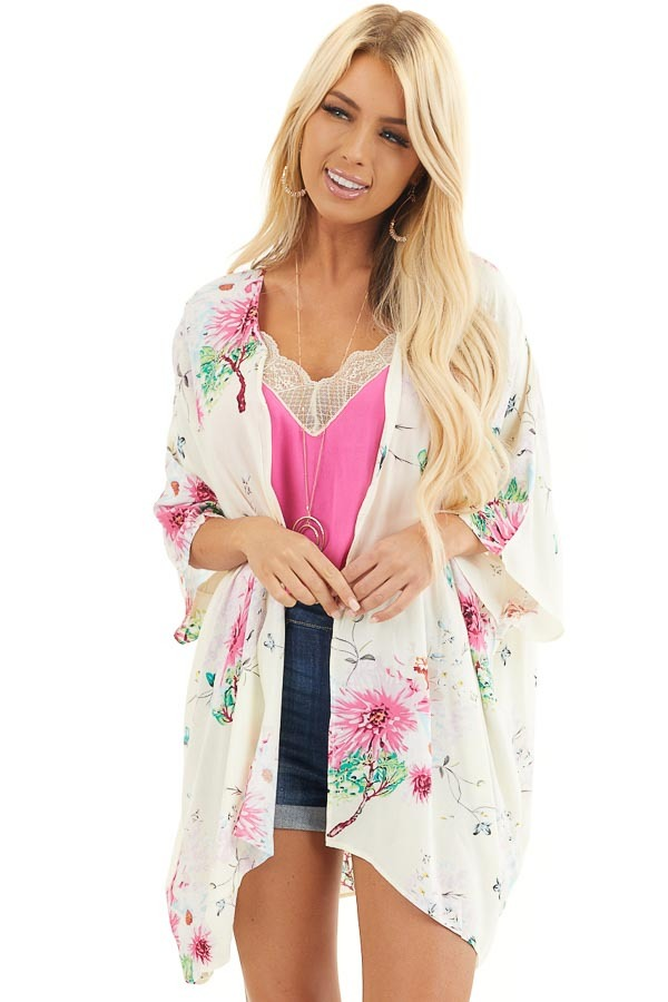 Cream Floral Print Short Sleeve Kimono with Open Front front close up