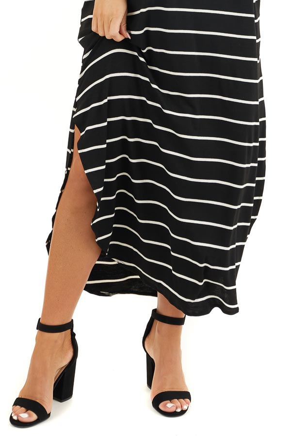 Black and White Striped V Neck Maxi Dress with Pockets detail