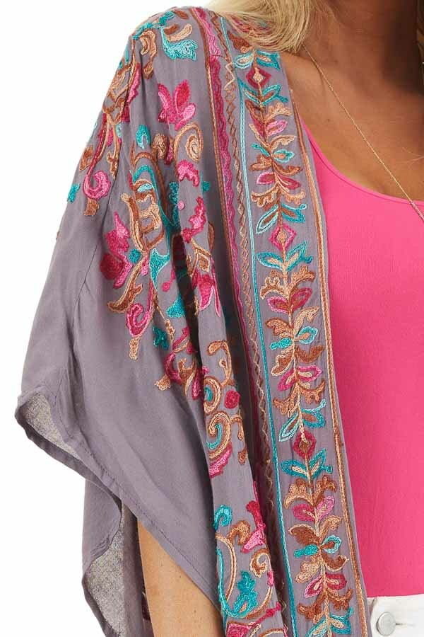 Dusty Violet Floral Embroidered Kimono with Short Sleeves detail
