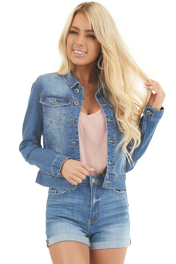 Medium Wash Button Up Denim Jacket with Collar and Pockets front close up