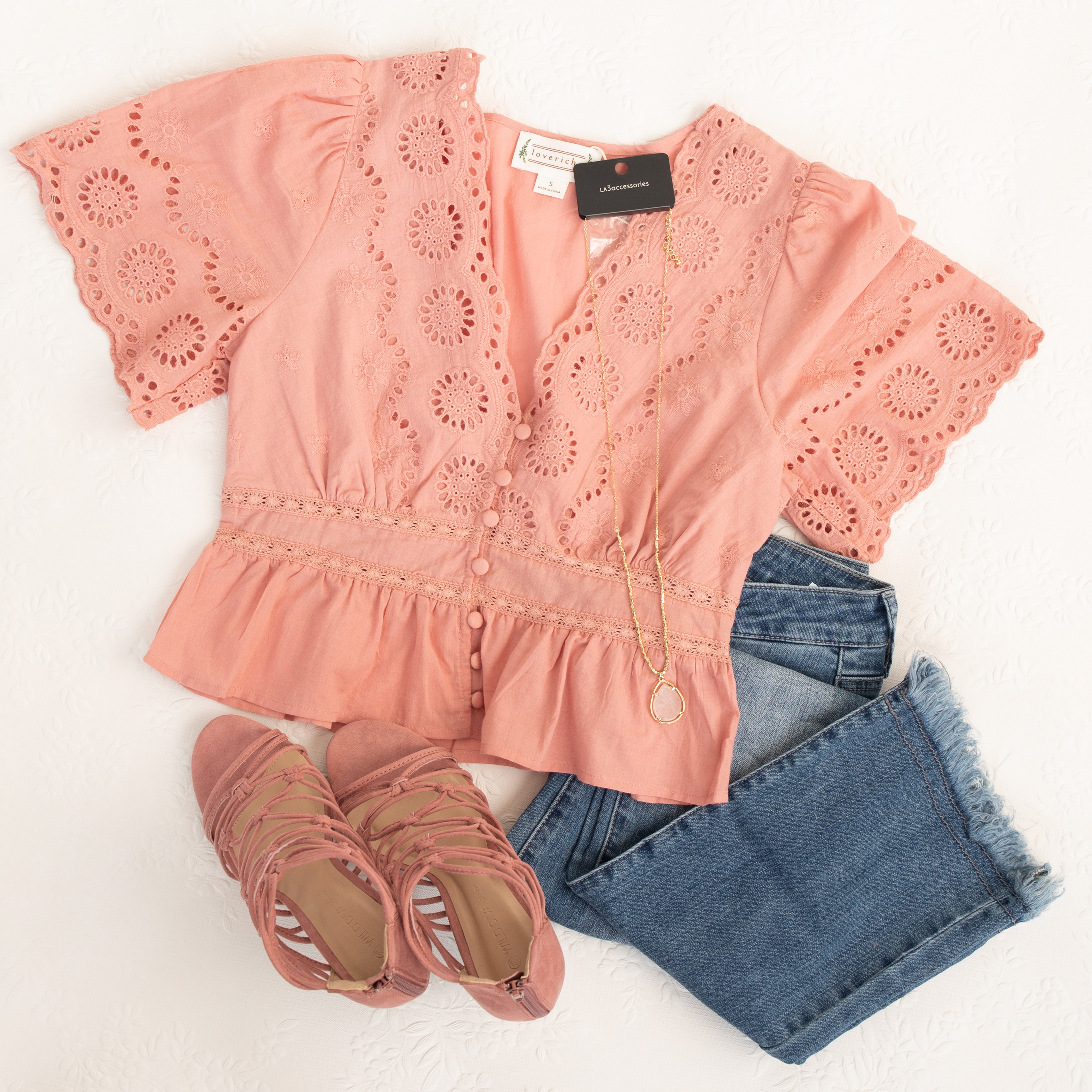 Dusty Pink Button Up Eyelet Lace Short Sleeve Crop Top