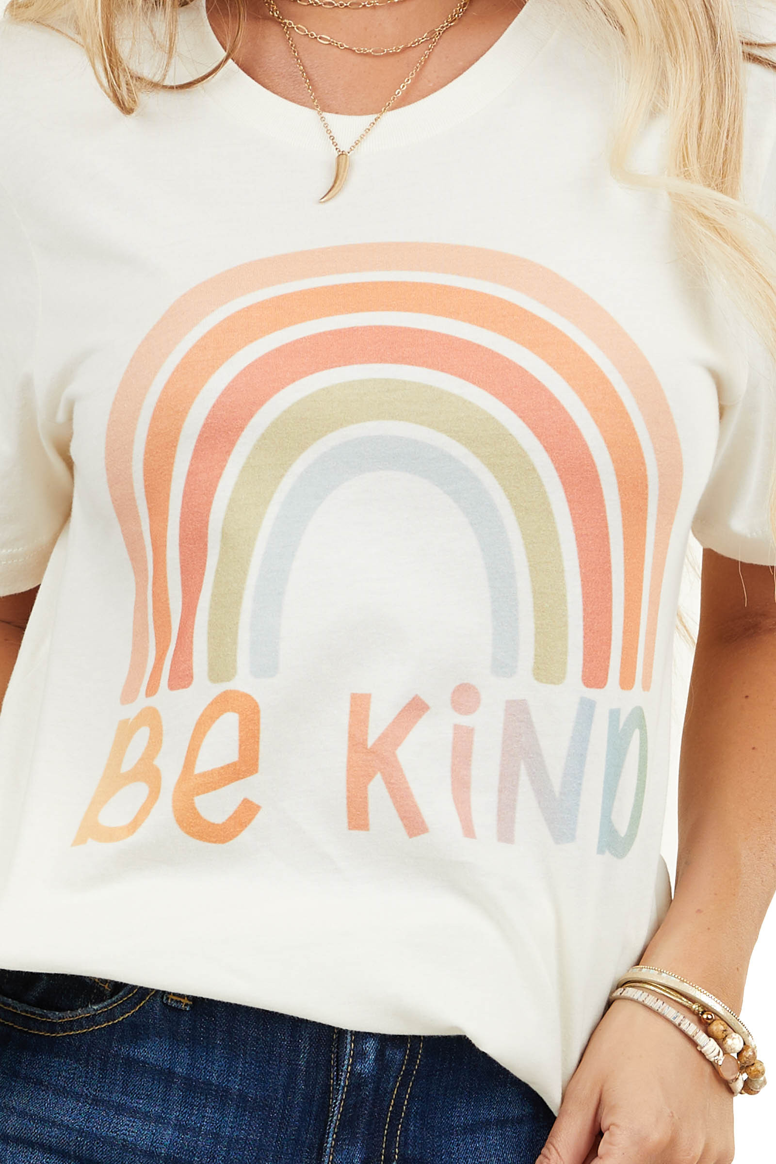 Cream Short Sleeve Knit Top with 'Be Kind' Graphic