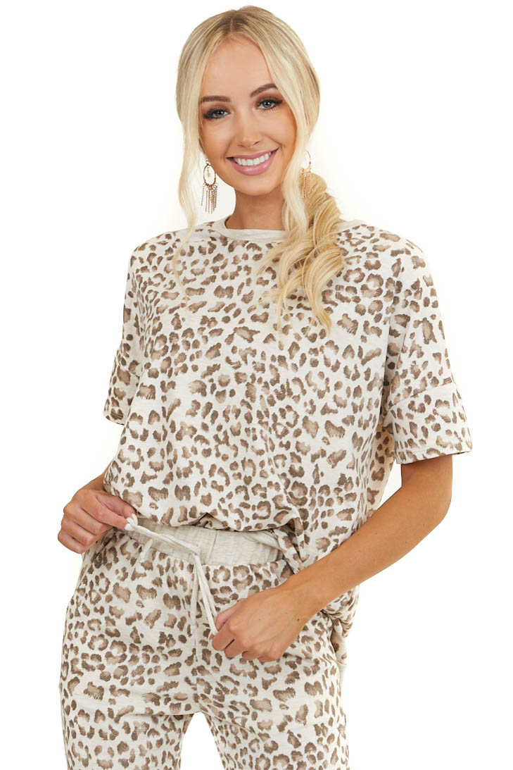 Cream Leopard Print Short Sleeve Top with Ribbed Hemline