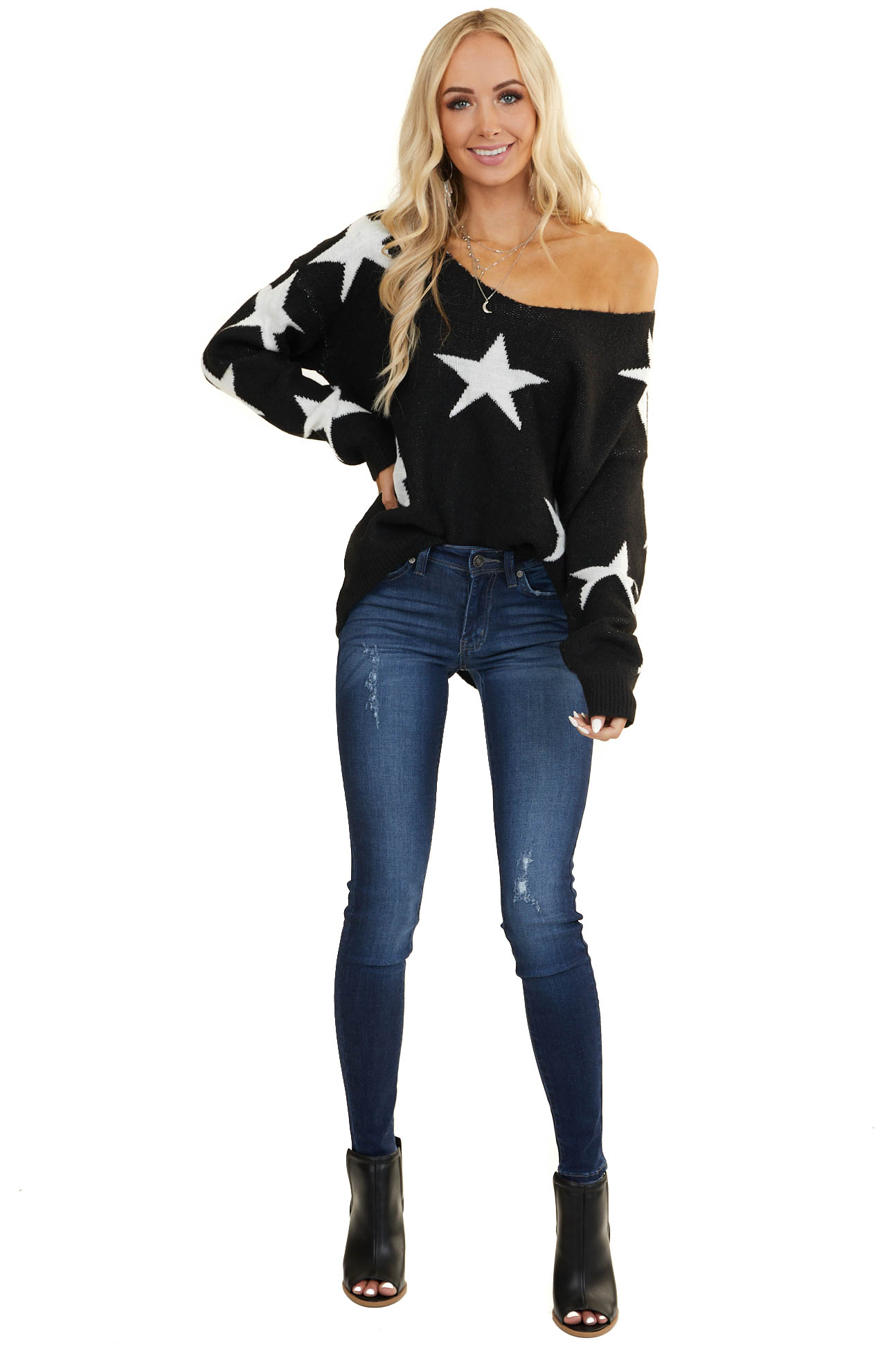 Black and White Star Print Sweater with V Neckline