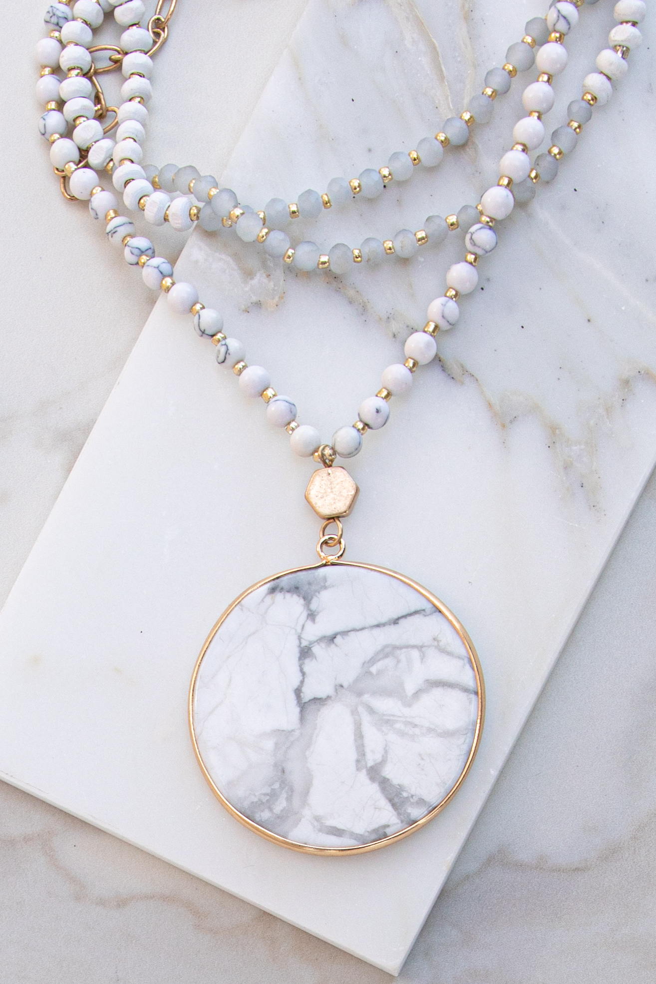 Gold and Marble Long Necklace with Round Pendant