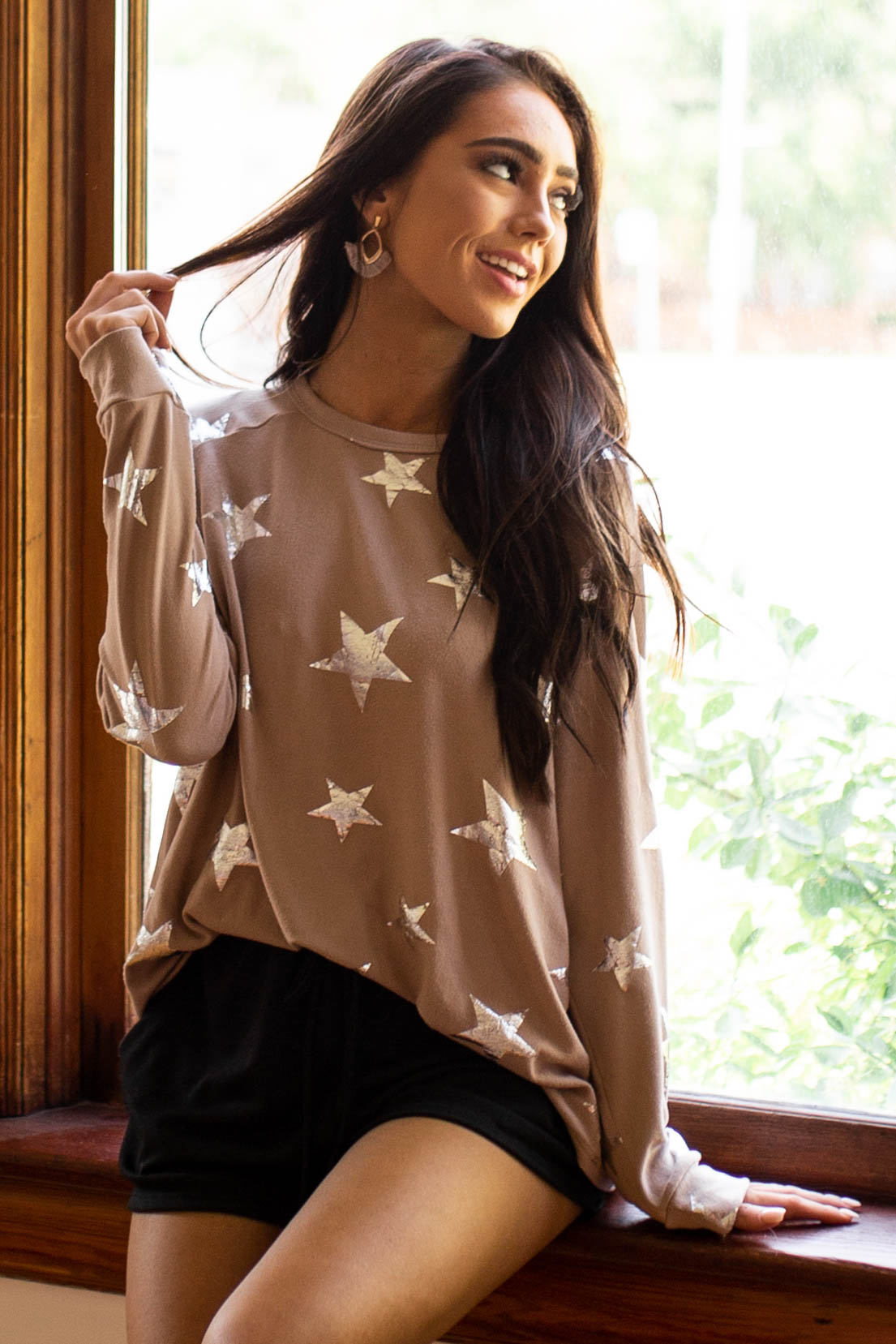 Latte Long Sleeve Knit Top with Metallic Star Print