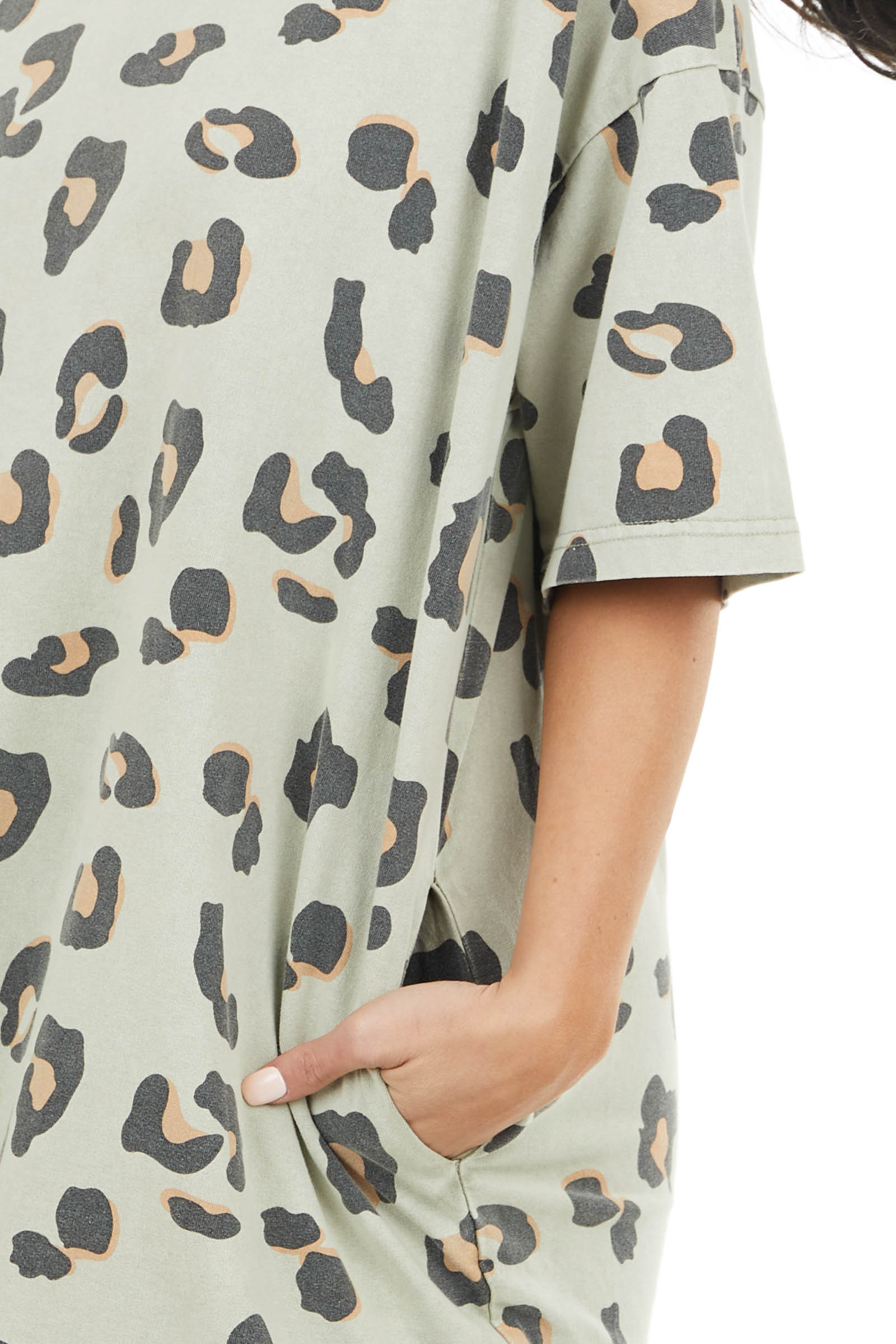 Pale Sage Leopard Print Relaxed Fit Dress with Short Sleeves