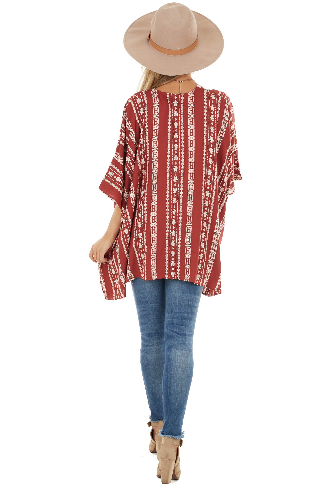 Rust Patterned Short Length Kimono with Ivory Lace Trim
