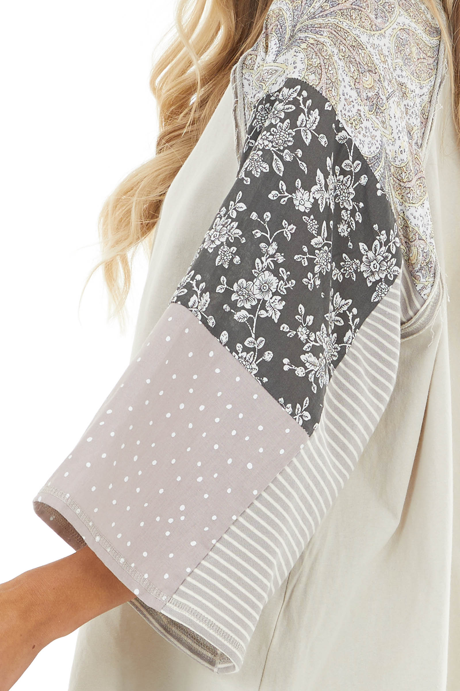 Oatmeal Raw Edge Detail Top with Contrast Multiprint Sleeves