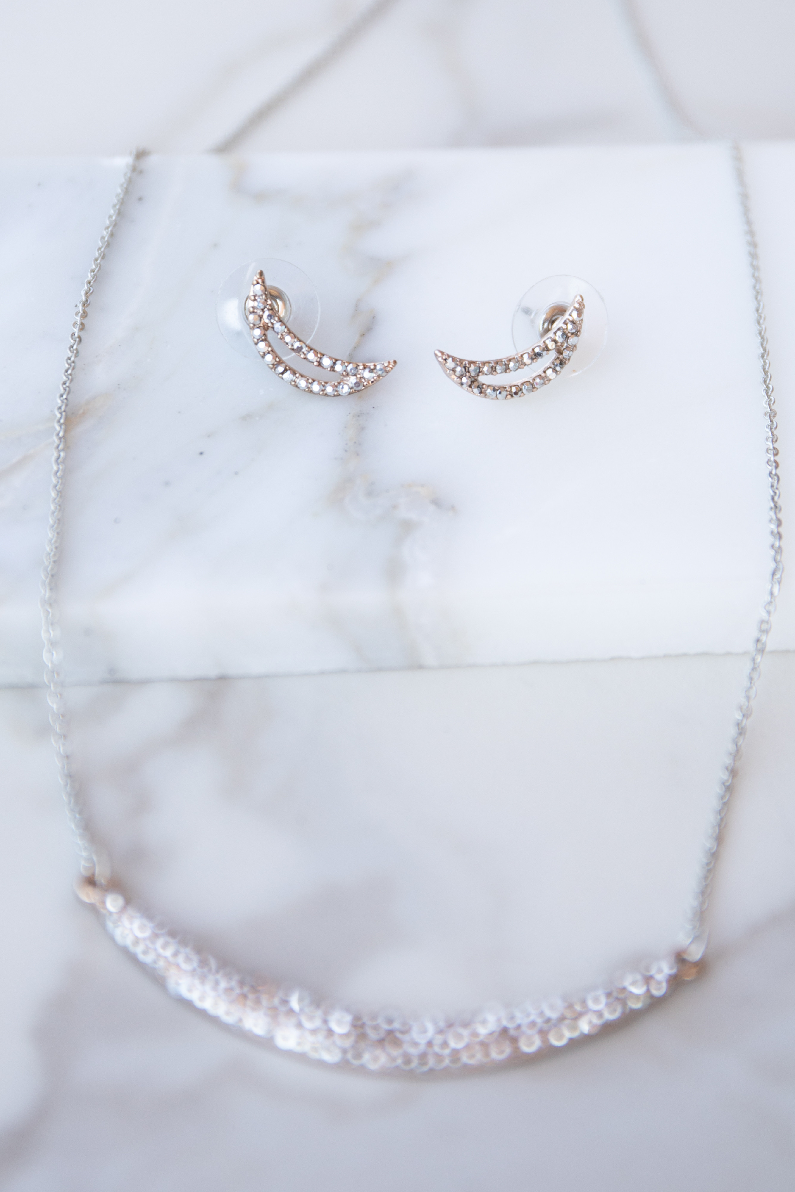 Rose Gold Necklace with Rhinestone Pendant and Earrings Set
