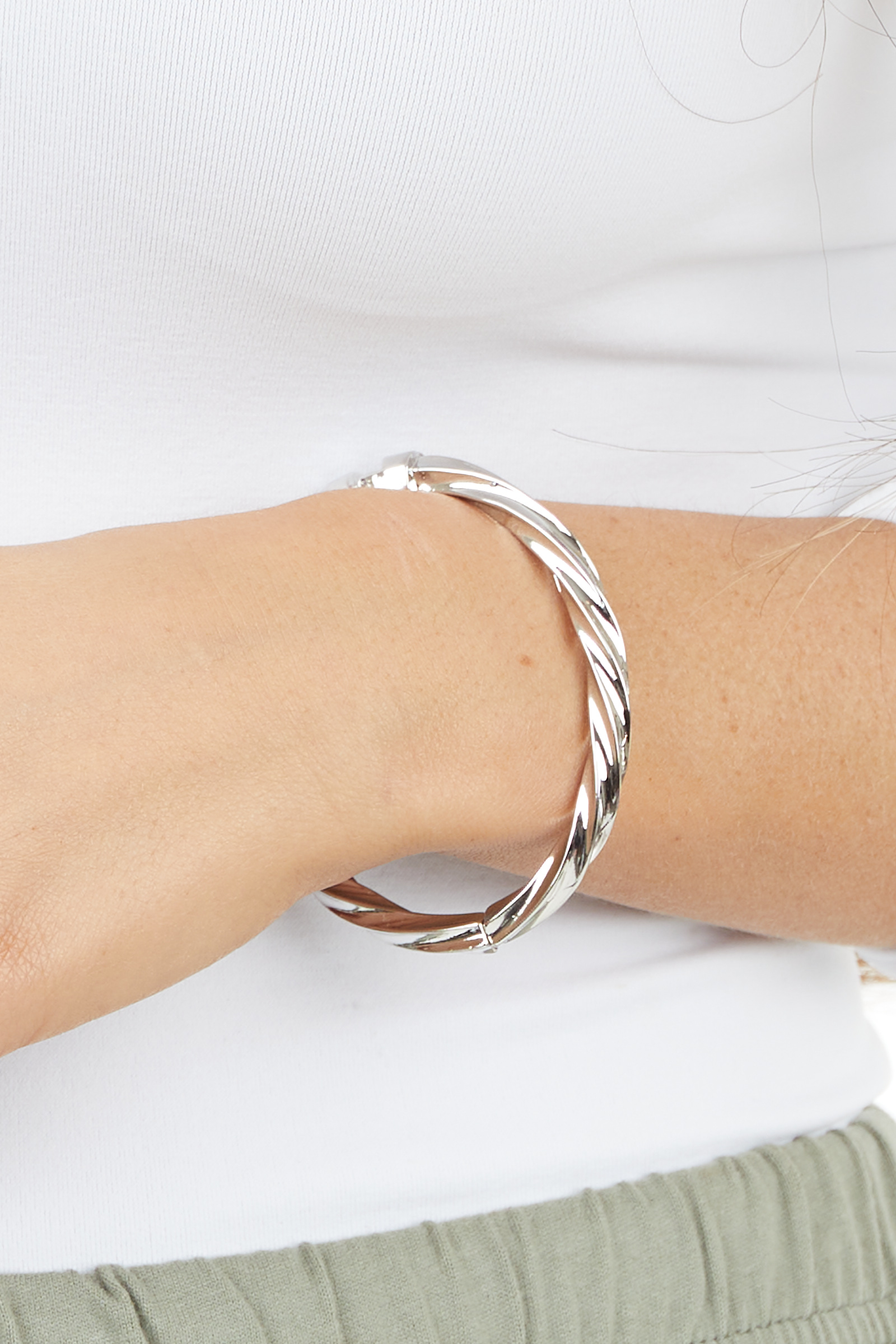 Silver Twisted Bangle Bracelet with Hinge Closure Detail