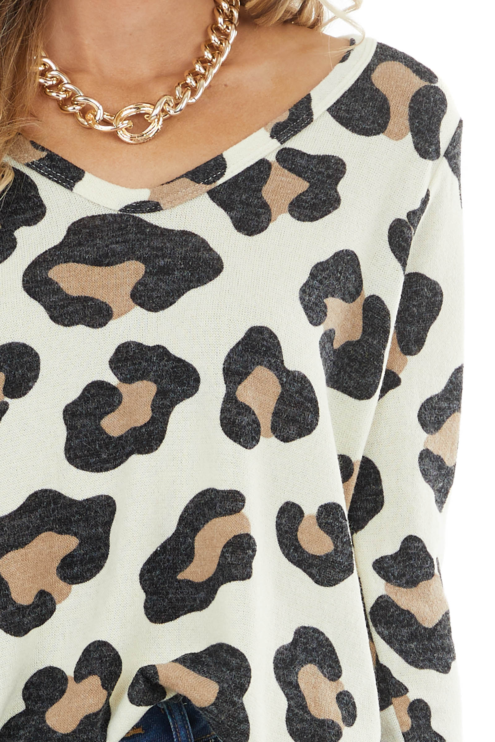 Cream Leopard Print Round Neck Long Sleeve Knit Top