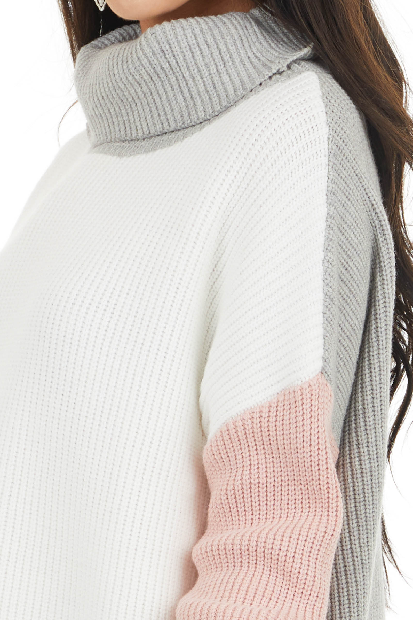 Off White Colorblock Turtleneck Sweater with Folded Cuffs