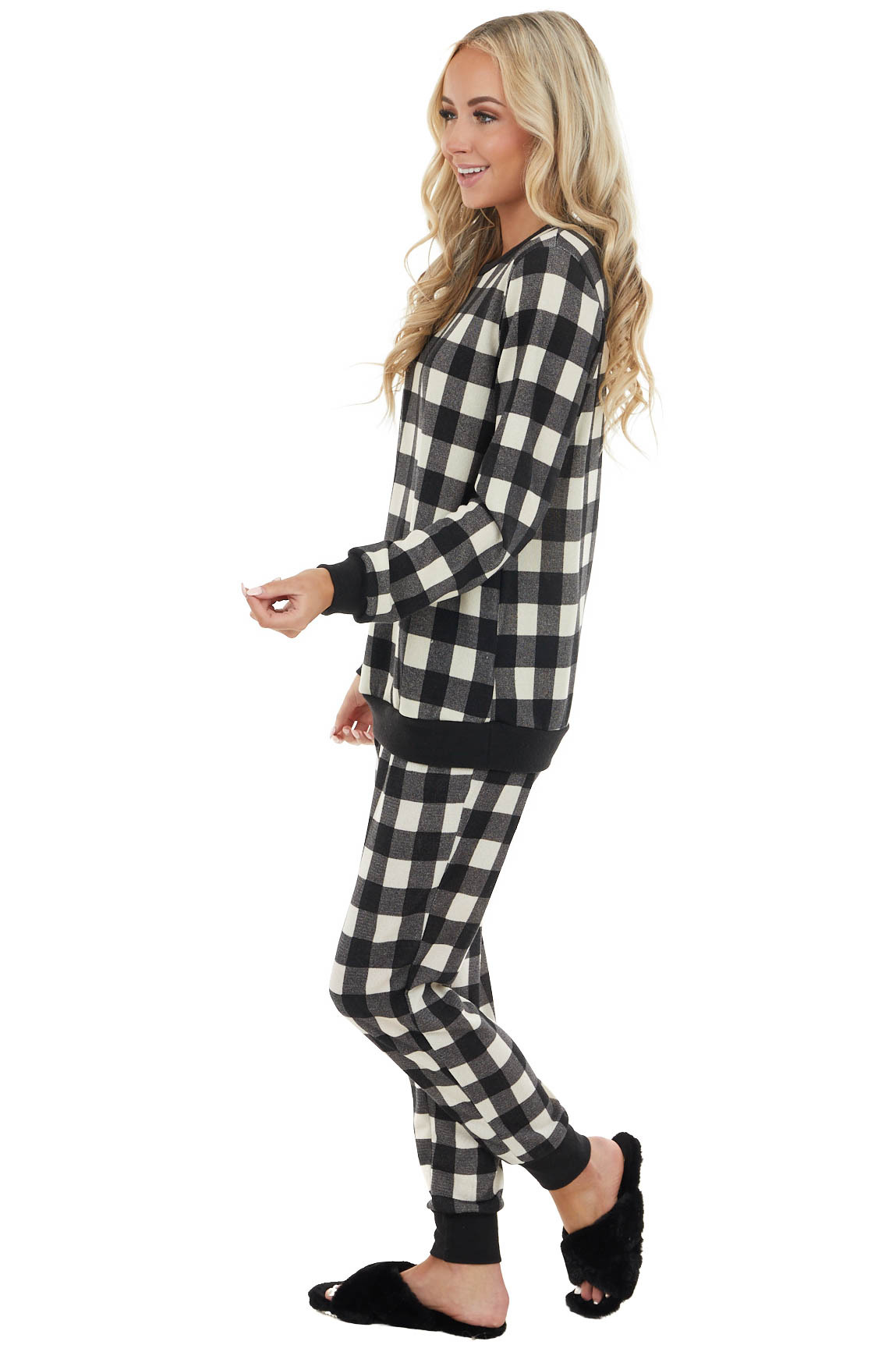 Black and White Buffalo Plaid Long Sleeve Knit Top