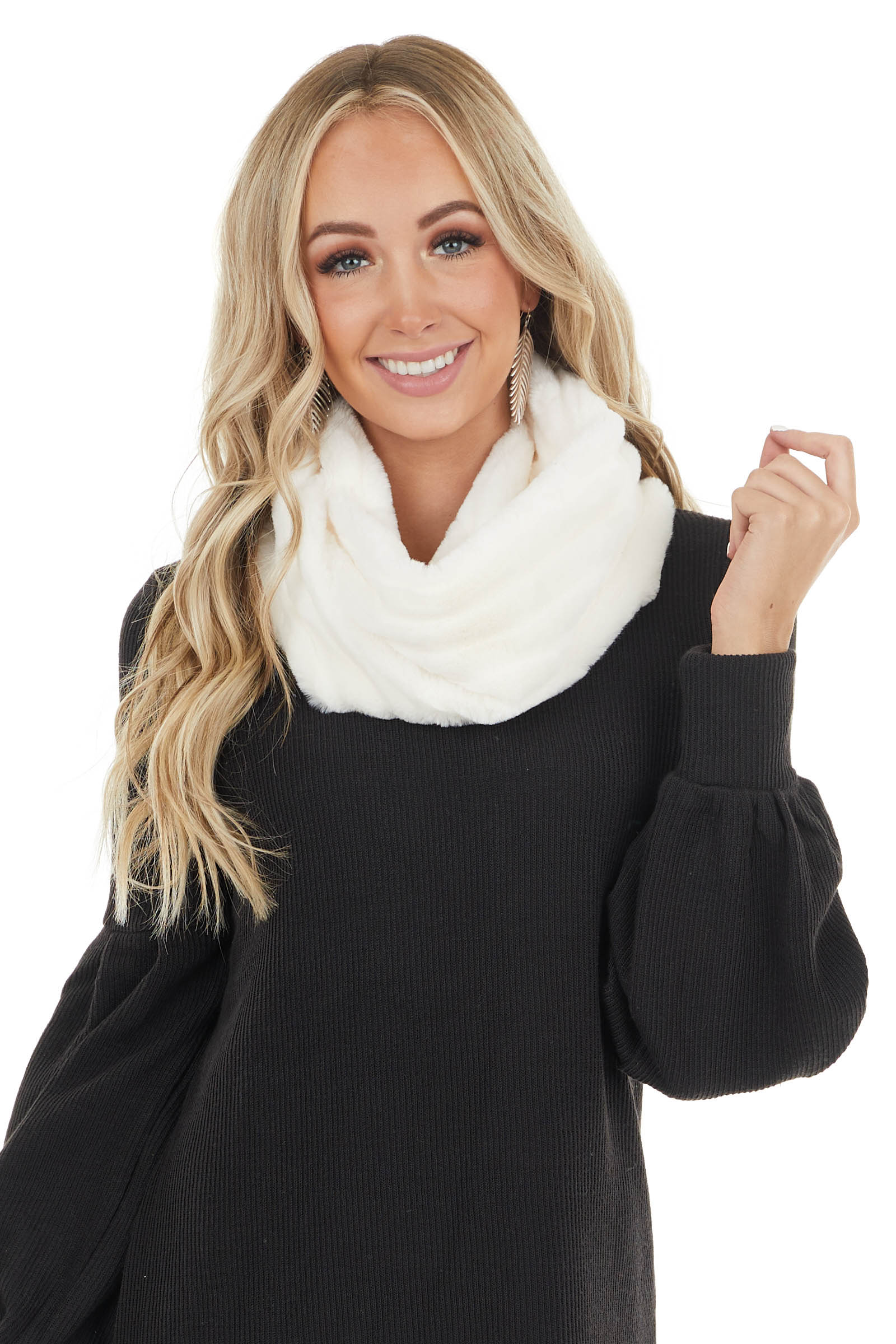 Ivory Super Soft Woven Faux Fur Infinity Scarf