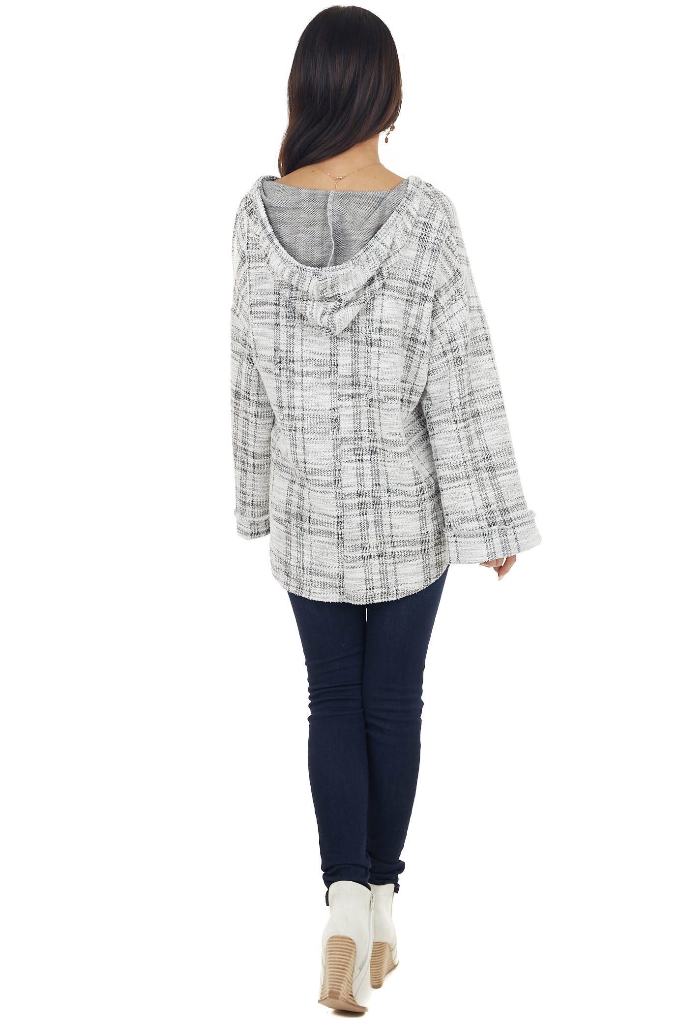 Black and Ivory Long Loose Sleeve Knit Top with Hood