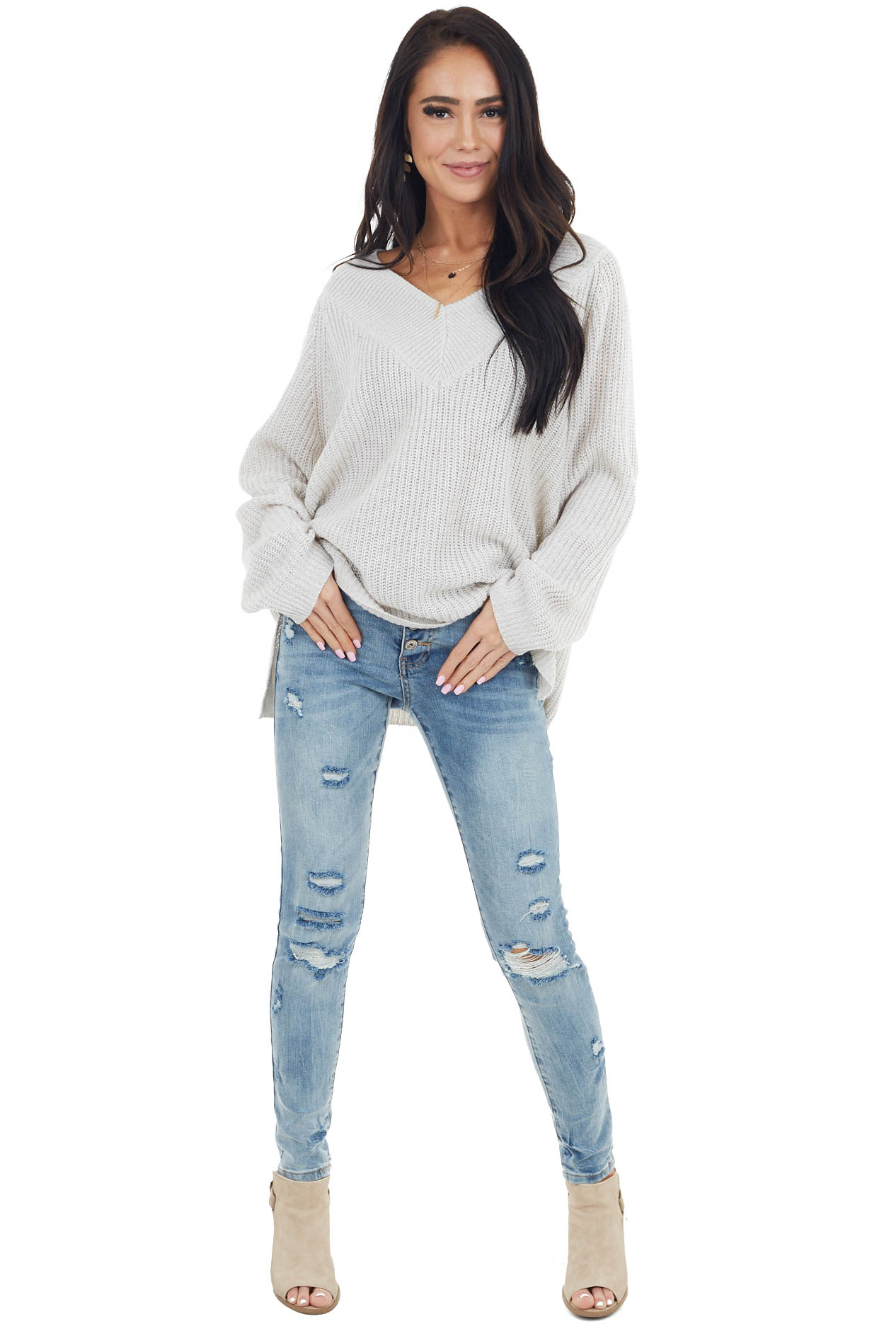 Light Grey Long Sleeve V Neck Sweater with Long Sleeves