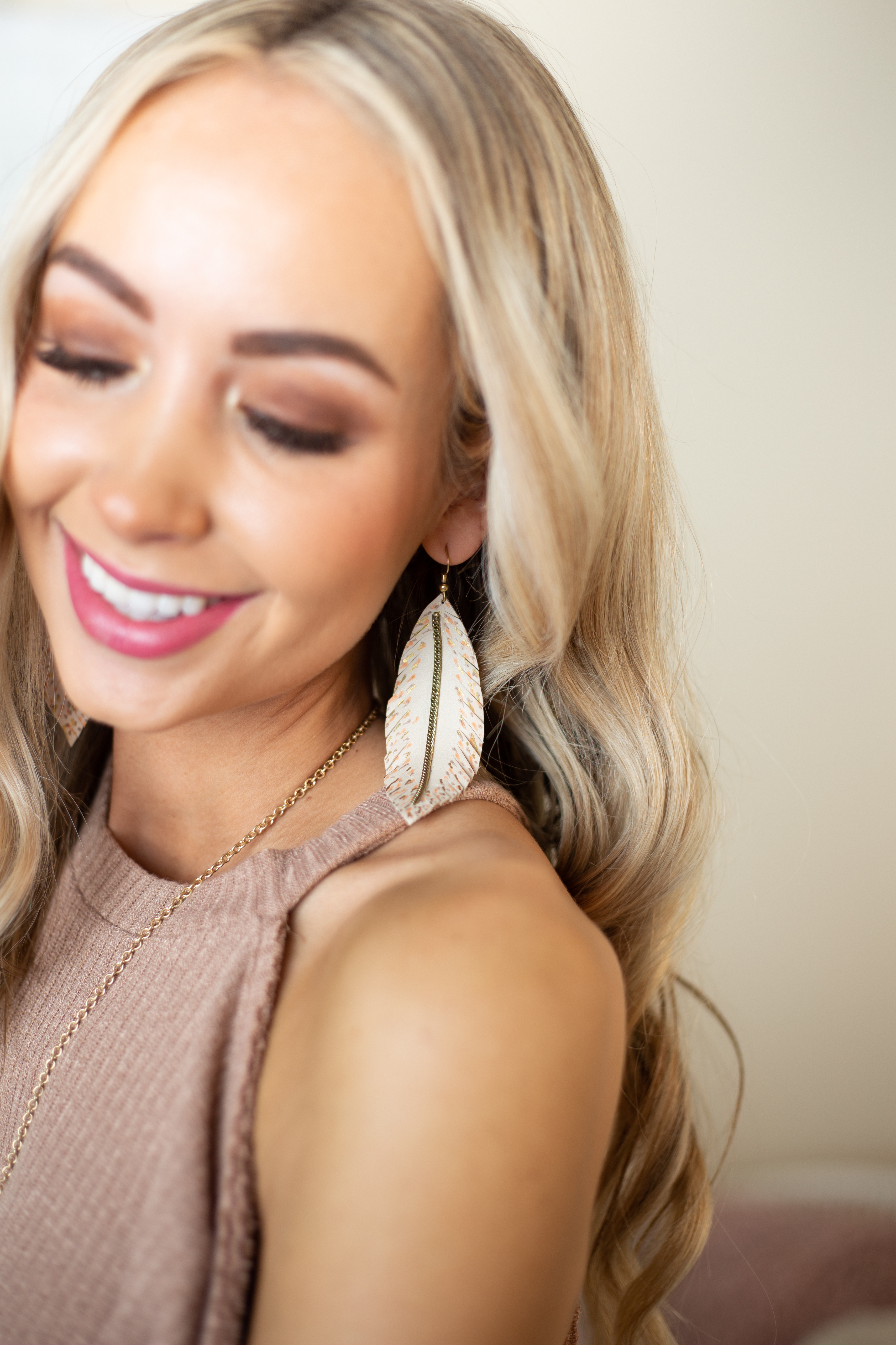 Latte Spotted Feather Earrings with Gold Chain Detail