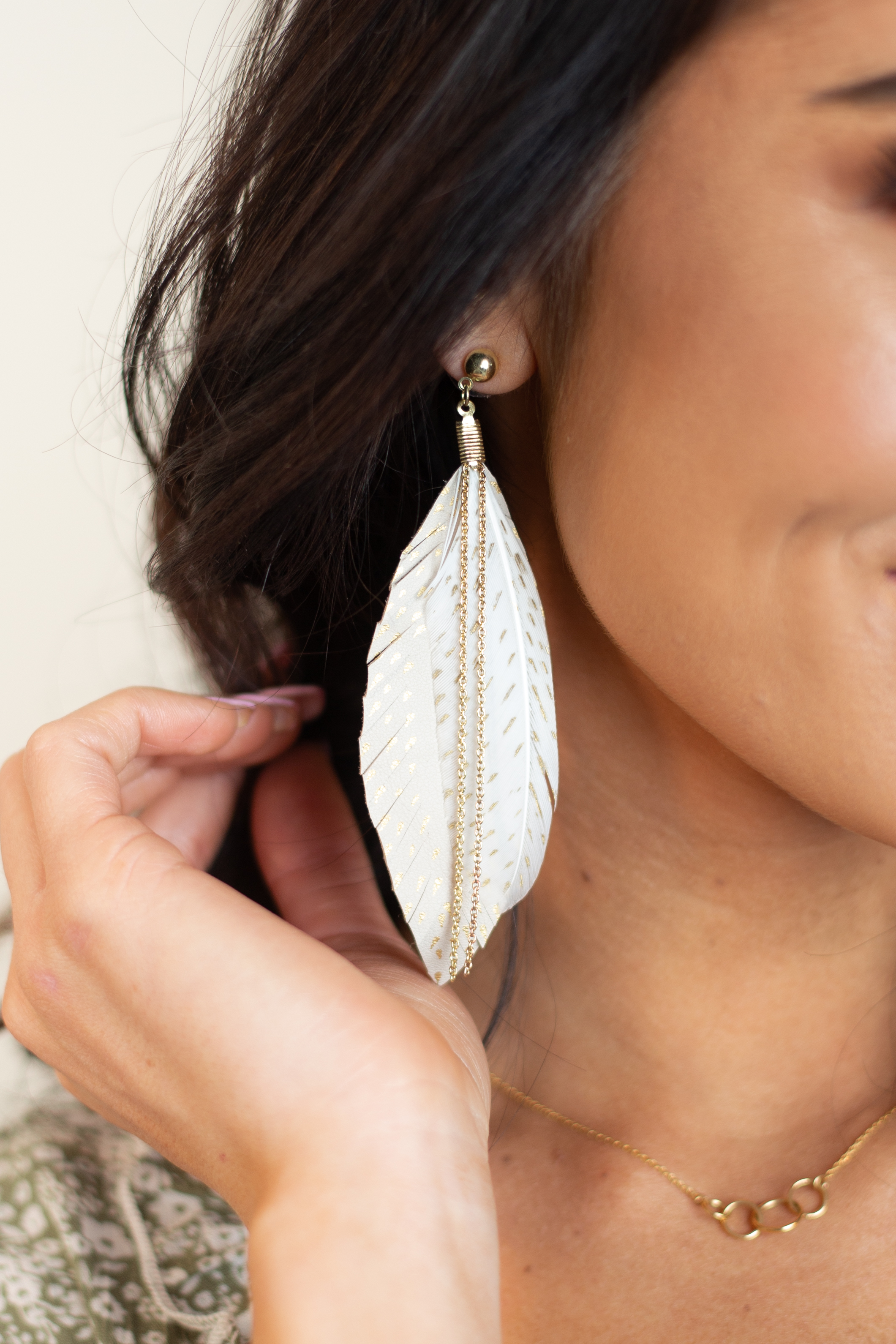 Light Taupe Layered Feather Earrings with Gold Chain Details